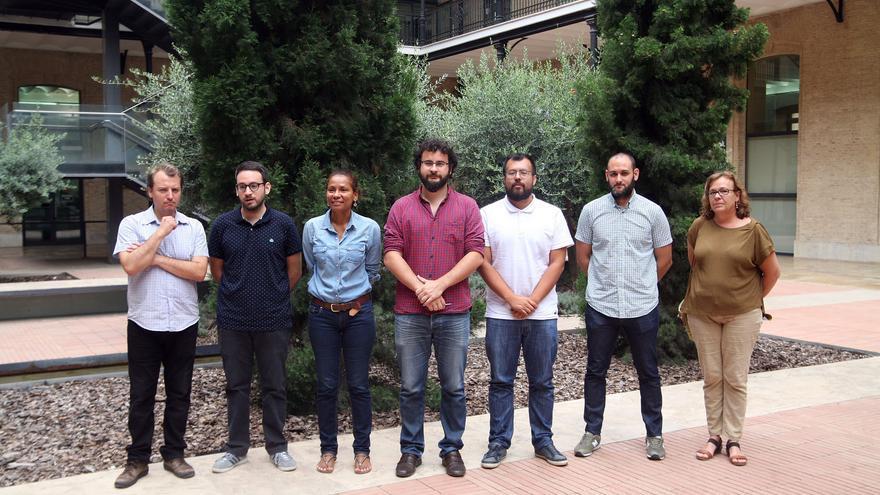 El concejal de València, Roberto Jaramillo, en el centro de la imagen, junto a representantes de otros ayuntamientos