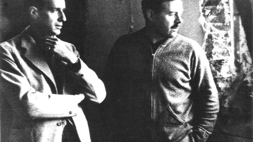 Matthews y Hemingway