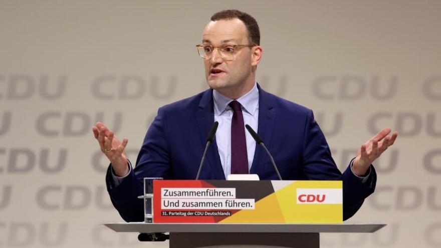 El derechista Spahn descartado para suceder a Merkel al frente de la CDU