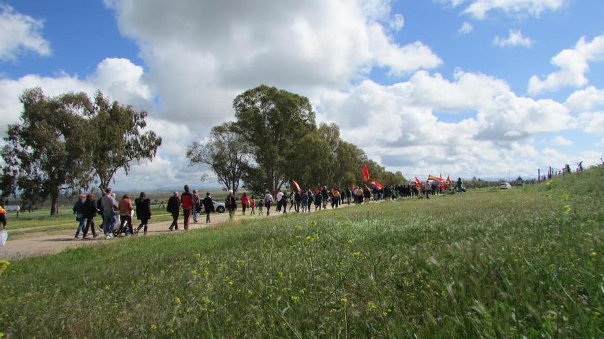 Marcha campo concentración Castuera