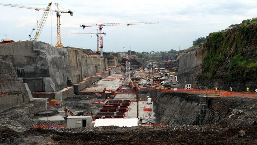 Las grandes constructoras tienen el 81 de sus obras fuera - Constructoras murcia ...