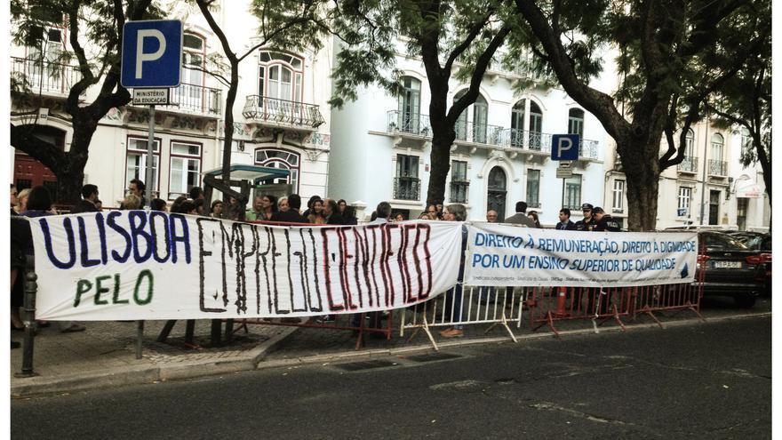 Manifestacion en Portugal por un contrato científico digno - Foto Filipa Vala