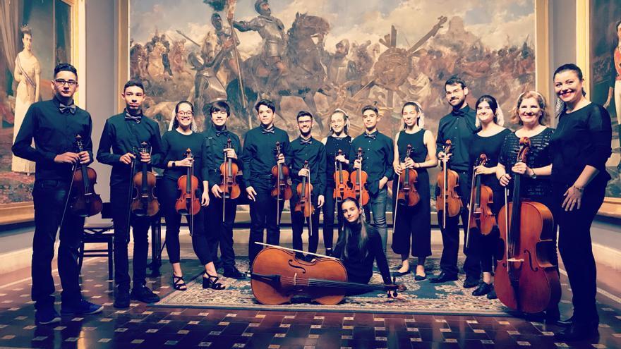 Orquesta de cámara de la Escuela Municipal de Música de Santa Cruz de Tenerife .