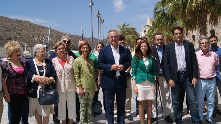 González Tovar, en Cartagena, ha pedido el voto a la ciudadanía para cambiar la Región