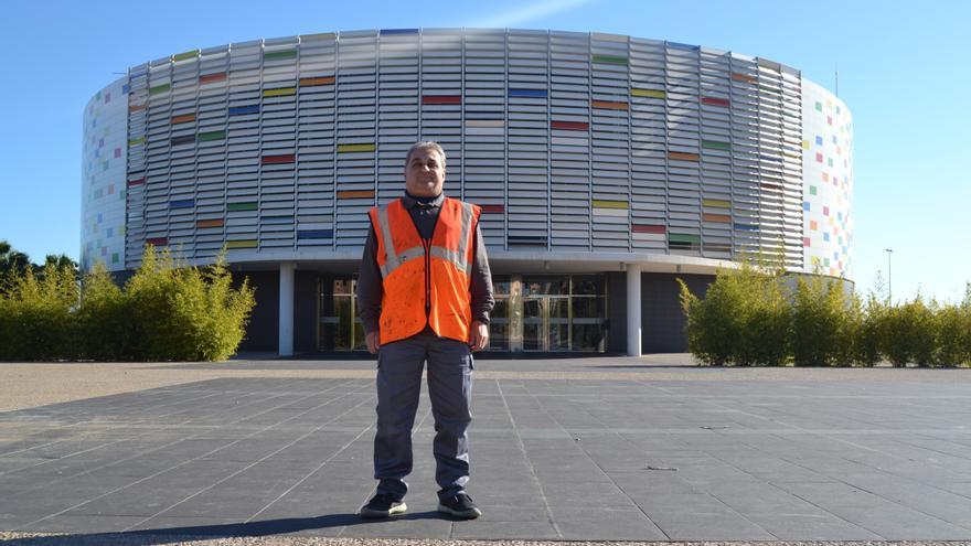 """Manuel Castillo, uno de los trabajadores del programa """"Jornals de Vila"""" del Ayuntamiento de Castellón."""
