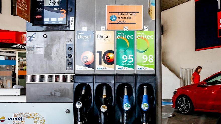 El precio de la gasolina y del gasóleo toca máximos del verano tras subir por tercera semana consecutiva