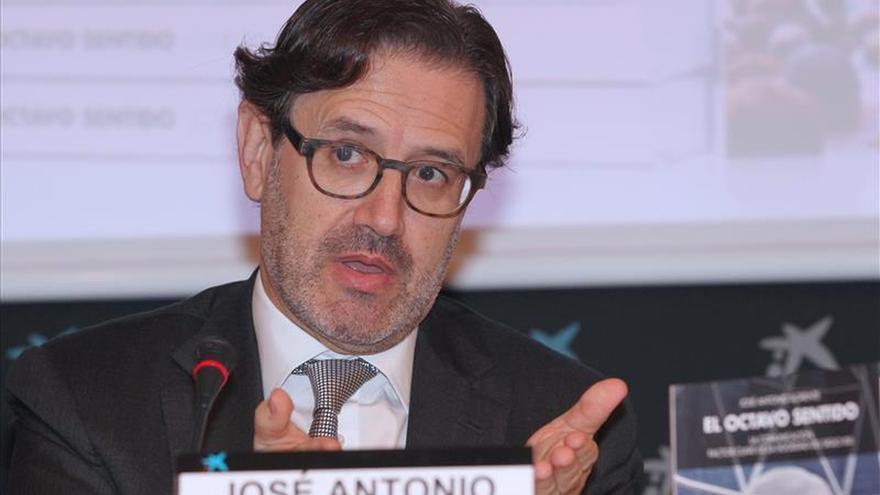 José Antonio Llorente reconoce que los políticos deberían valorar más la comunicación