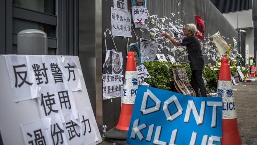 Los manifestantes no aceptan las disculpas de Lam y anuncian que seguirán con las protestas
