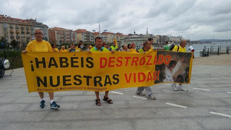 """Afectados por derribos recorren Cantabria """"decepcionados"""" con Revilla y avisan de que """"sin dinero, no hay solución"""""""