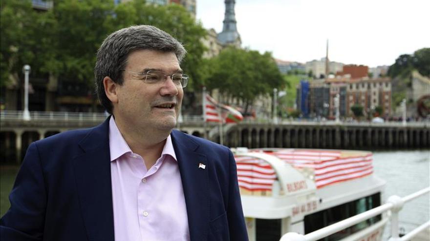 """El alcaldable del PNV en Bilbao tiende la mano para buscar """"estabilidad"""""""