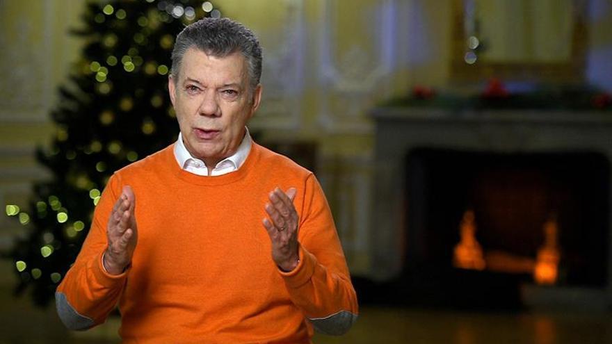 Santos invita a los colombianos a celebrar la vida en esta Navidad