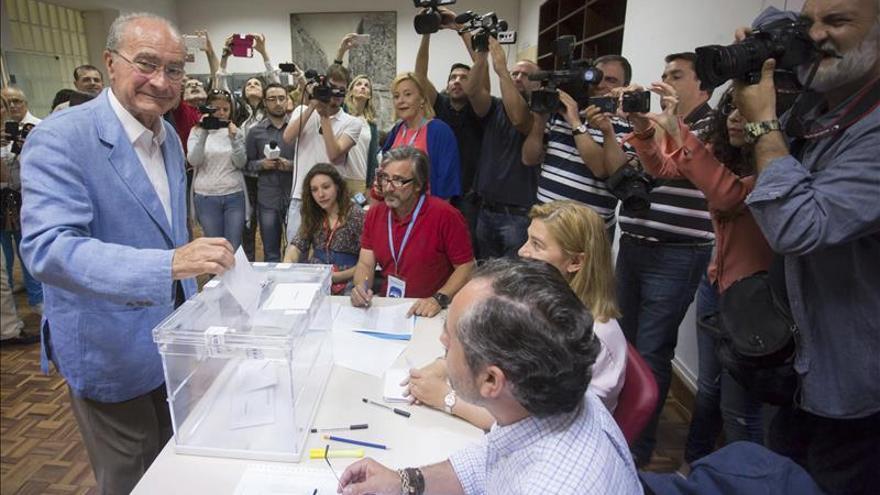 El PP pierde la mayoría absoluta en Málaga y empata con PSOE al 22% escrutado