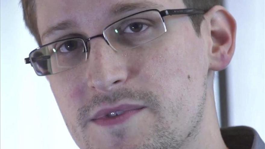 The New York Times pide clemencia para Edward Snowden en un editorial