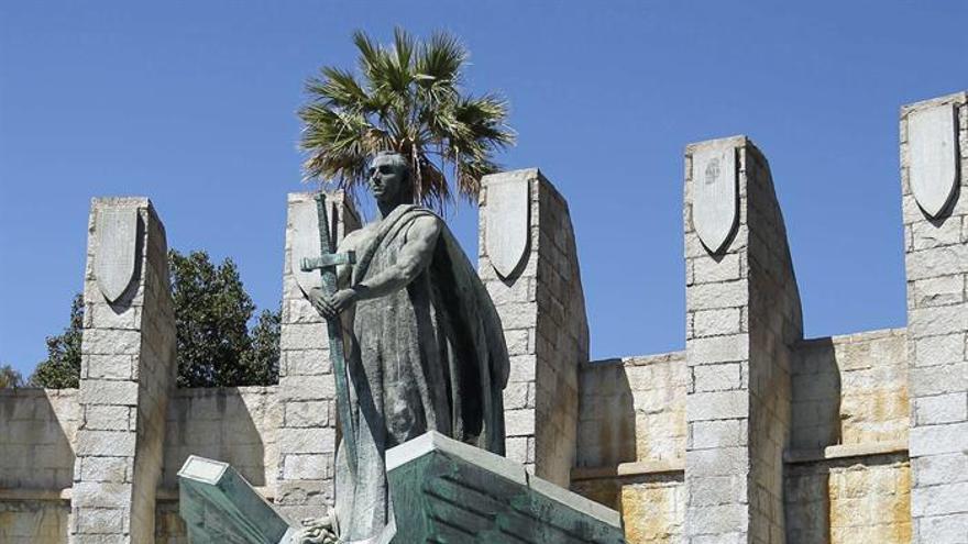 La Junta Republicana de Canarias exige la retirada del monumento a Franco en Santa Cruz de Tenerife