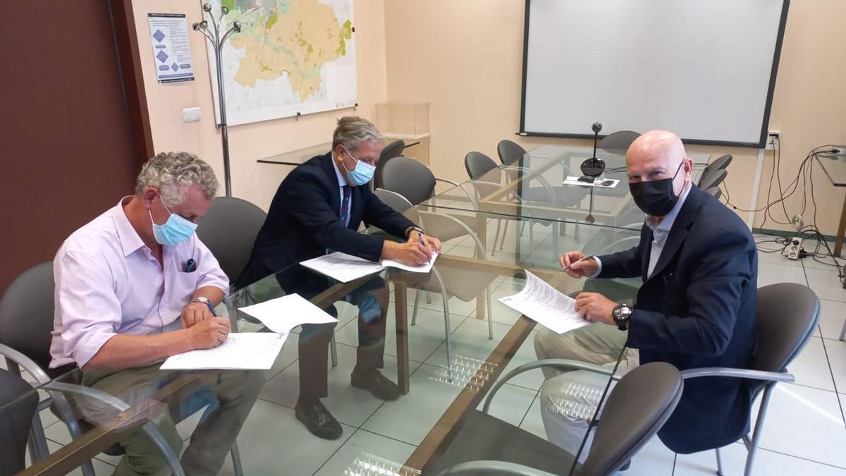 Firma del contrato que permitirá la ejecución de las obras complementarias de Mirabueno que estarán a cargo de Firprosa