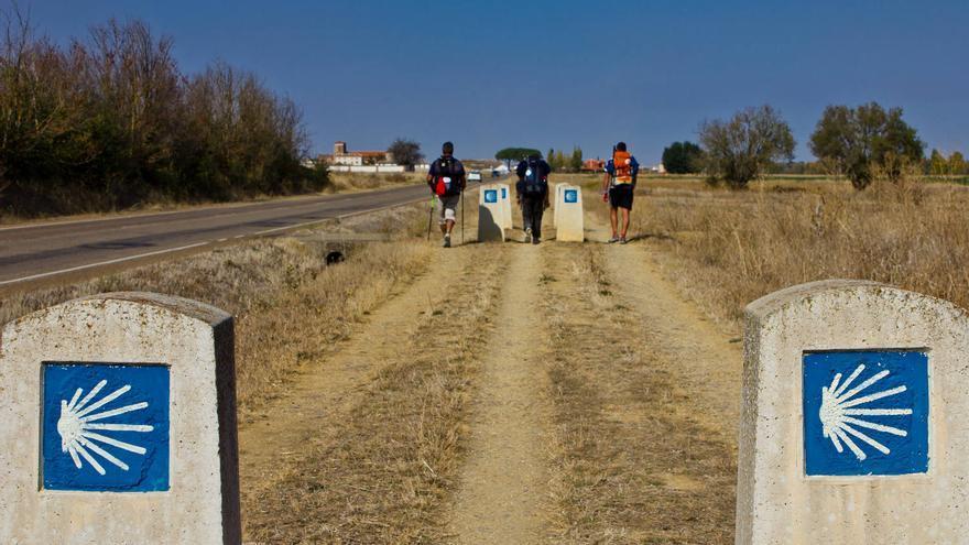 El Camino de Santiago en las inmediaciones de Carrión de Los Condes, Palencia. VIAJAR AHORA