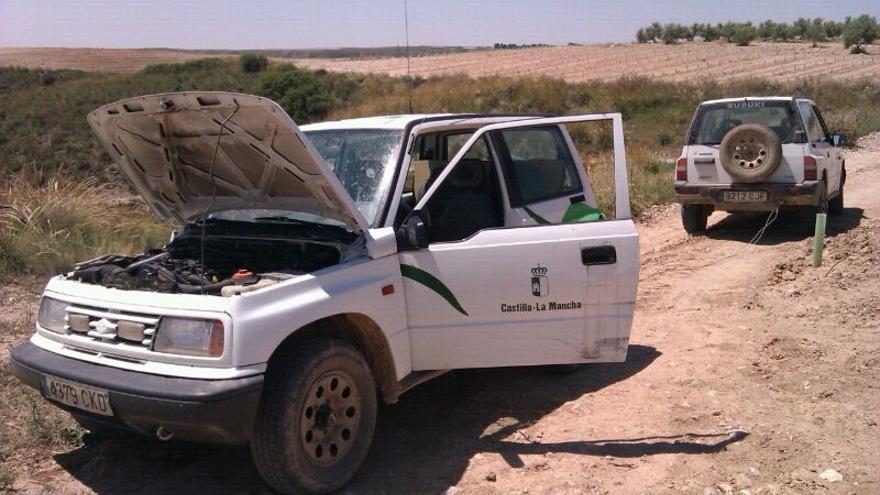 Vehículo averiado de los agentes medioambientales en Castilla-La Mancha