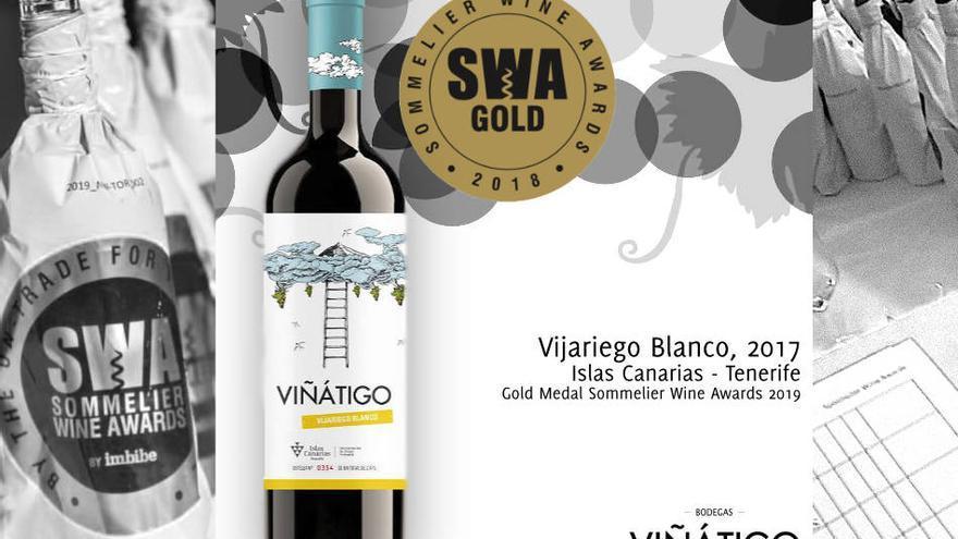 Imagen con una botella del vino distinguido con la máxima calificación en el certamen SWA