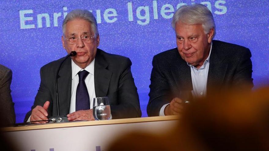 "Expresidentes iberoamericanos piden actuar ante el ""Estado fallido"" en Venezuela"