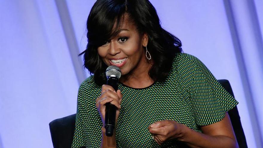Michelle Obama, carisma y popularidad al servicio de Clinton