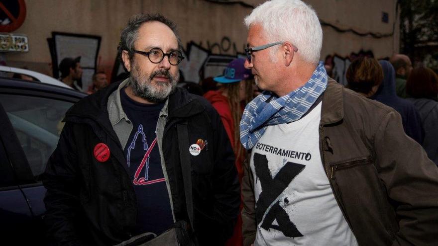 Unitat contra la repressió: murcianos y catalanes en las vías para apoyar el soterramiento del AVE