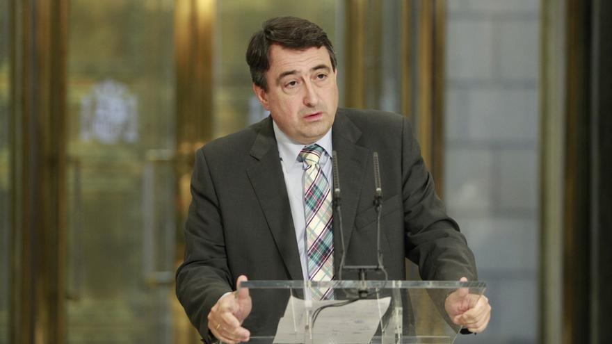 Esteban reitera que el PNV votó este martes en blanco y que votará 'no' a Rajoy en primera y en segunda votación