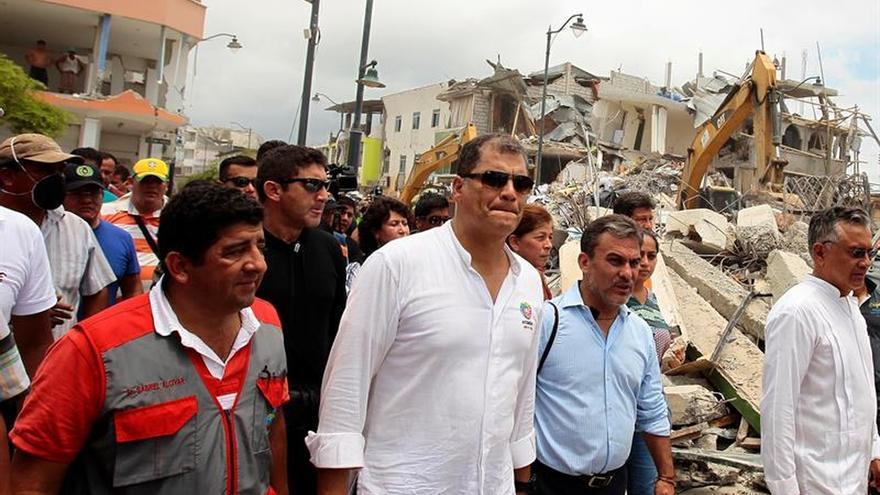 """Ecuador adoptará """"medidas excepcionales"""" en busca fondos para reconstrucción"""