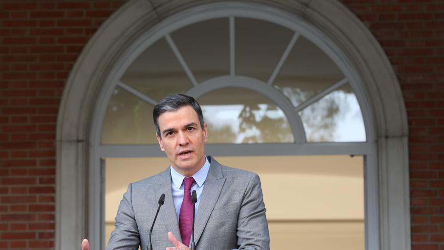 El presidente del Gobierno, Pedro Sánchez, realiza una declaración institucional tras la celebración del Consejo de Ministros en el que se han aprobado los indultos a los presos independentistas en prisión, a 22 de junio de 2021, en Madrid (España)