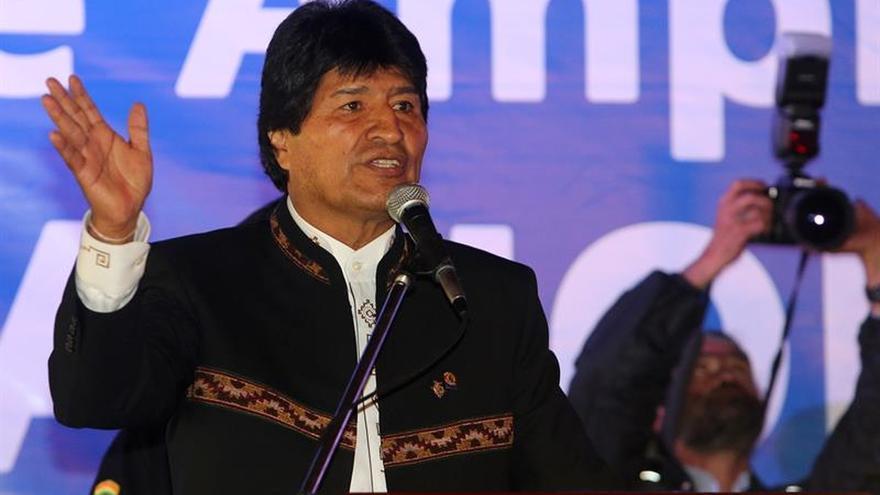 Morales saluda el triunfo de Trump y le pide trabajar contra el racismo y el machismo