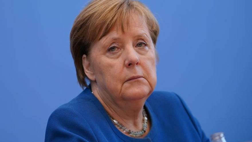 Merkel, en cuarentena domiciliaria tras contacto con un médico que dio positivo