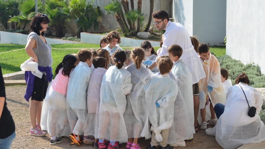Uno de los talleres con niños. / Plancton