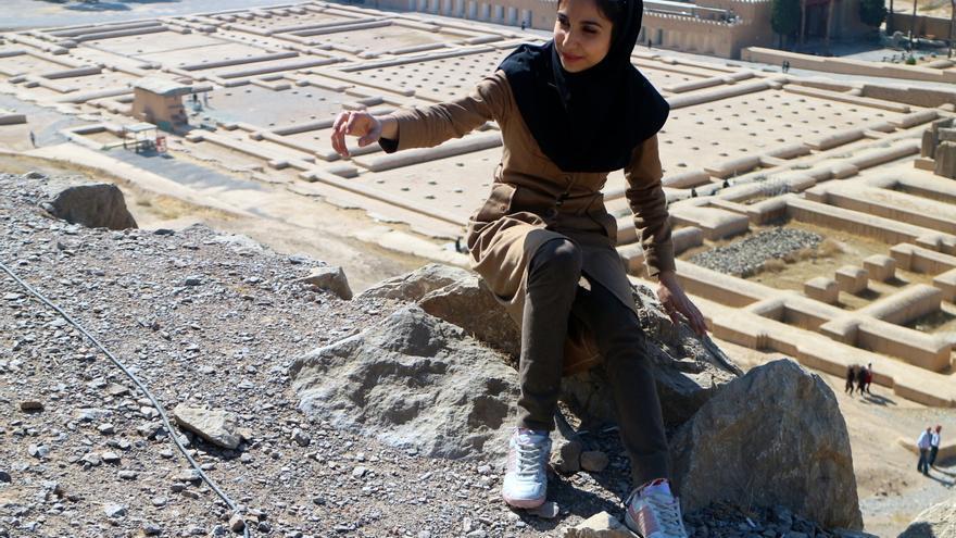 d2929db4bb3d Ser mujer en Irán