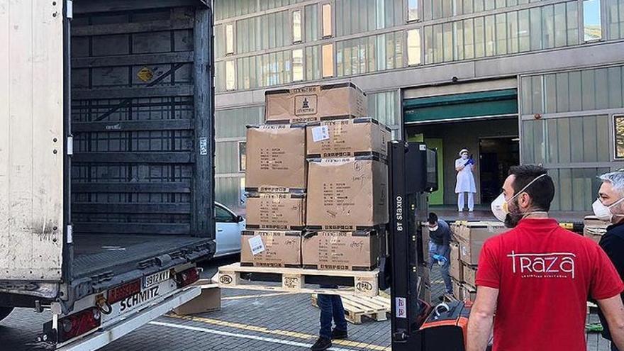 Valdecilla recibe 100.000 mascarillas FFP2 y cien camas