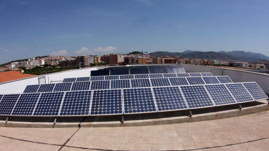 La fotovoltaica Anpier reclama a Navarra que se sume a Murcia y recurra la nueva normativa eléctrica