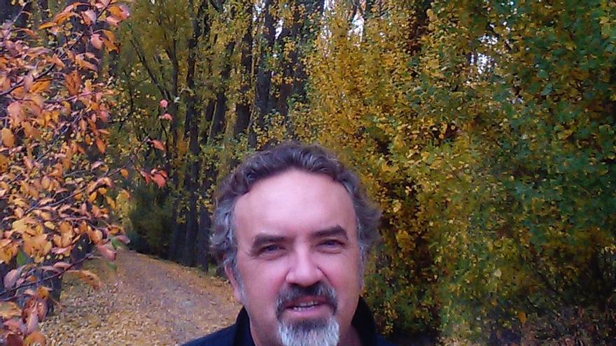 El escritor Manuel Moyano / TERESA PIQUERAS
