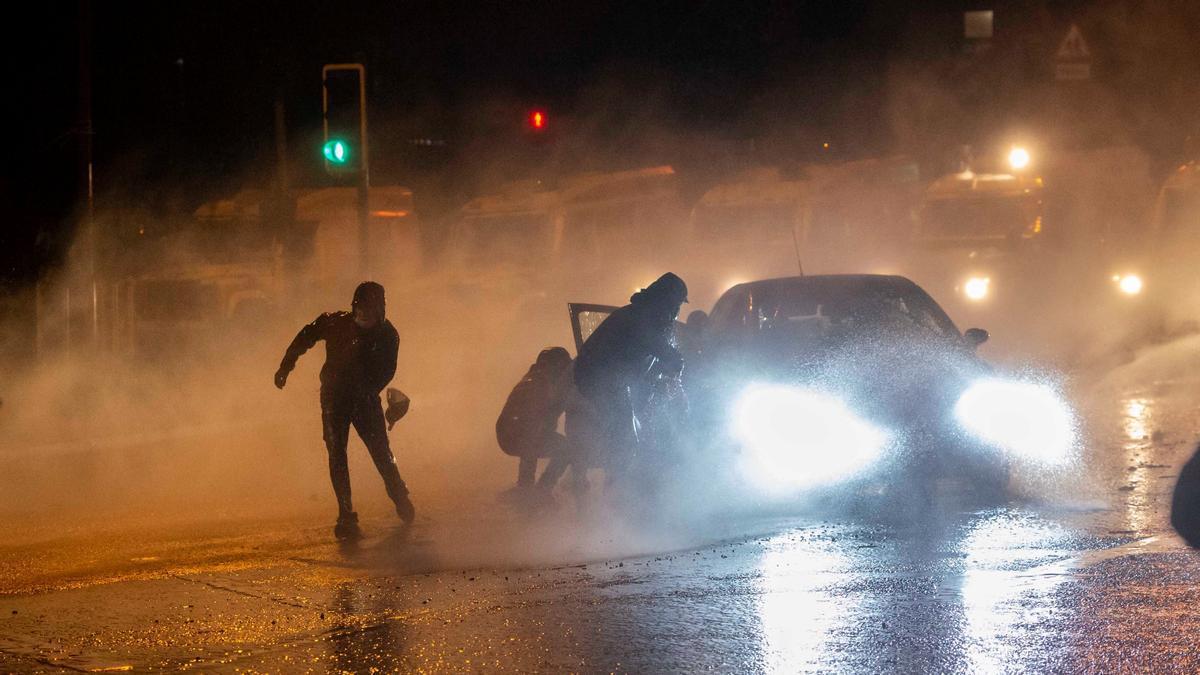 Disturbios en Belfast, Irlanda del Norte, el 8 de marzo de 2021.