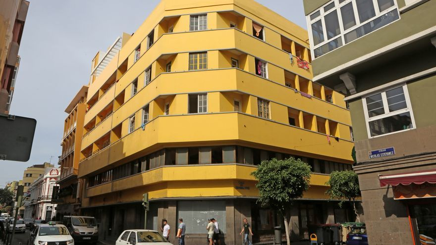 Exterior del Centro Social La Bicicleta (ALEJANDRO RAMOS)