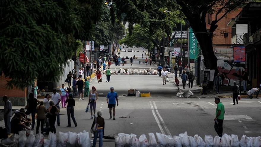Caracas a media máquina en la primera jornada de la huelga convocada por la oposición
