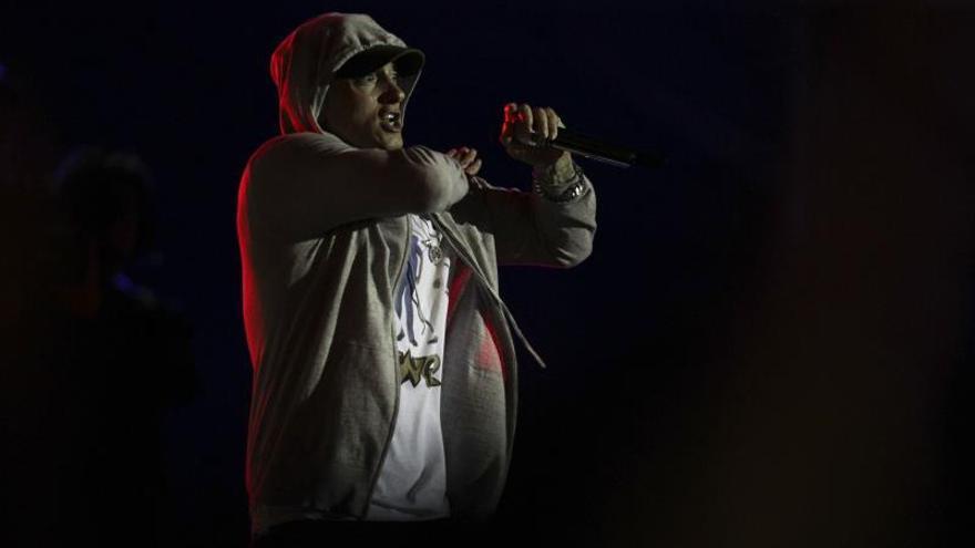 Eminem vuelve con disco y polémica al compararse con terrorista de Manchester
