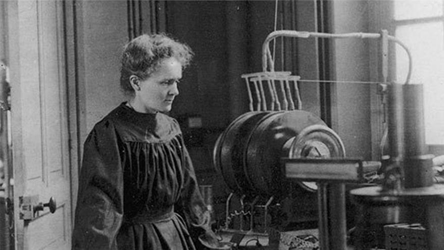 Marie Curie en su laboratorio. (RSC).