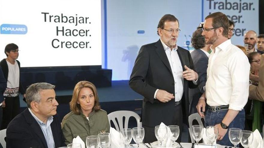 Rajoy y Maroto, en un acto electoral