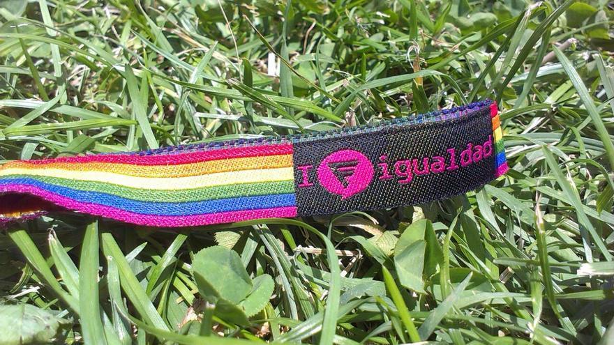 Pulsera LGTBI / Fundación Triángulo