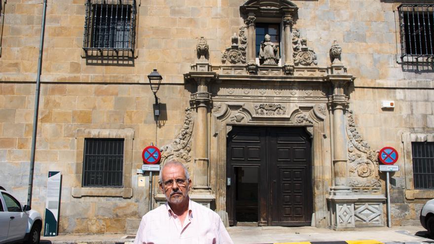 Andrés Valentín, coordinador de Recuperando y miembro de la Plataforma para la Defensa del Patrimonio Navarro.