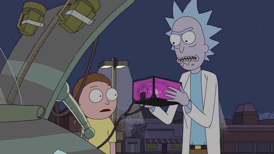 Rick desarrolla en la ficción una batería que contiene un microuniverso con un planeta habitado