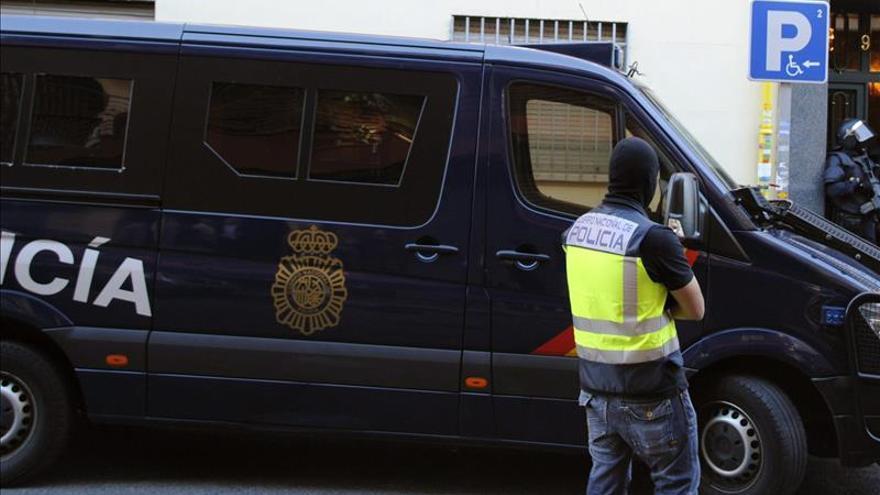 Un preso de Segovia detenido por captar yihadistas y amenazar con bombas en Madrid y Barcelona