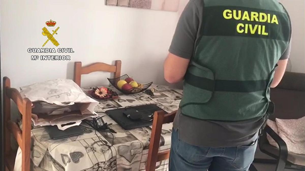 Detenido un hombre en Lanzarote por subir a internet archivos de pornografía infantil