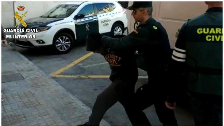 Atribuyen a los detenidos en Alicante agravantes de superioridad y trato vejatorio