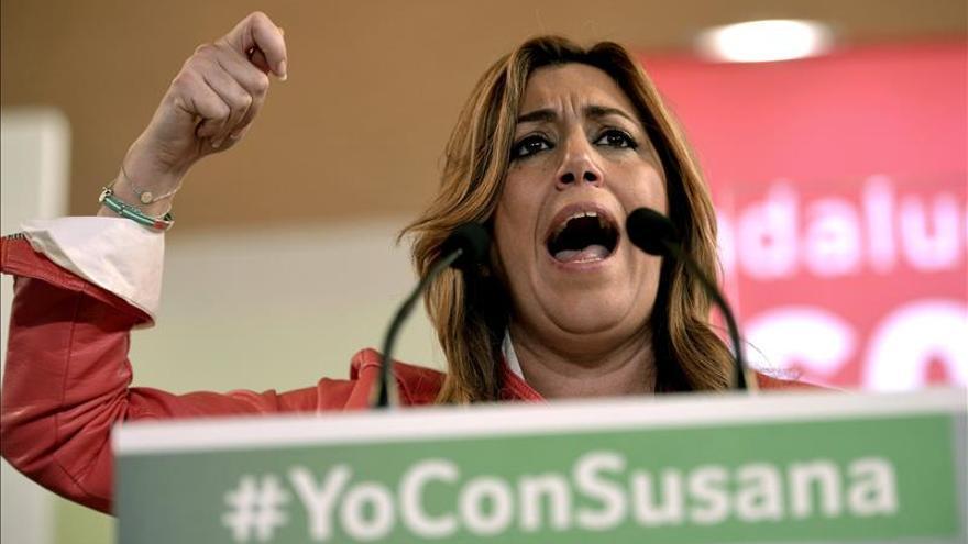 Díaz advierte de que no aceptará que nadie interfiera en la política de pactos