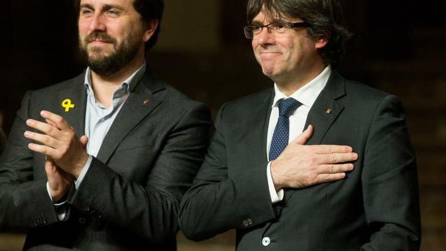 La Fiscalía apoya que se mantenga la orden de detención a Puigdemont y Comín