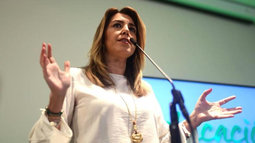 Díaz se compromete a la gratuidad de los libros de texto para alumnos de 3 a 6 años